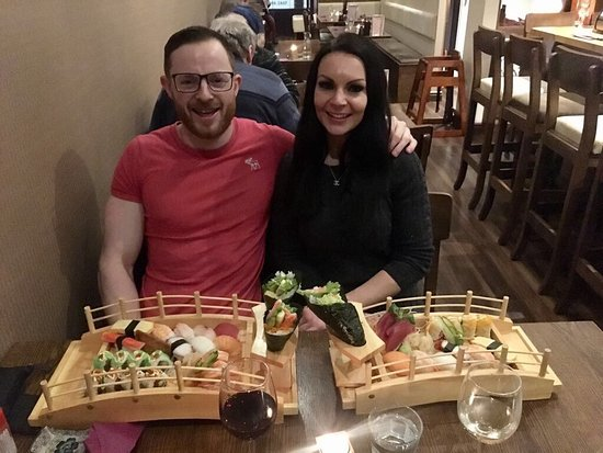 Celbridge, ไอร์แลนด์: We love sushi and we try out every sushi restraint in the world where we have visited ,none come