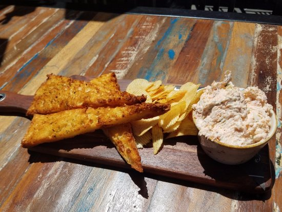CBK Craft Bar & Kitchen Rotorua: Smoked Salmon Dip Appetizer