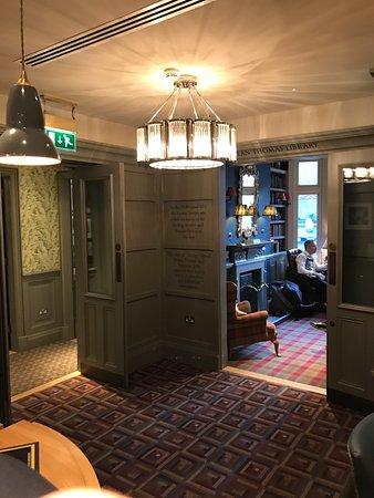 Hotels Near Fitzroy Street London