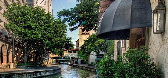 Irving, TX: Mandalay Canals