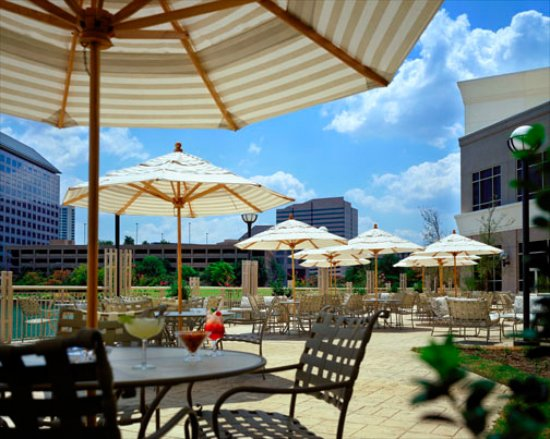 Irving, TX: Patio at the Marriott Las Colinas