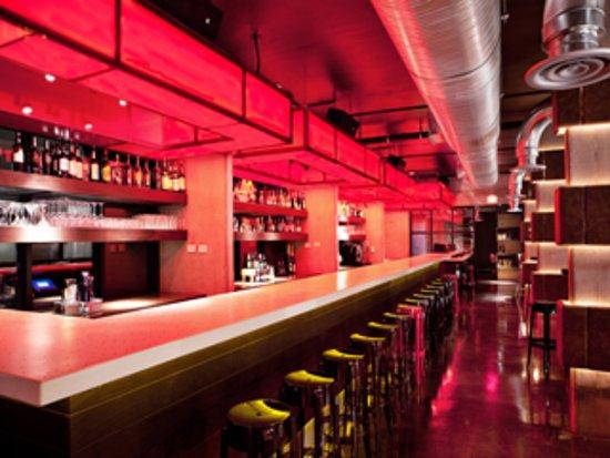 Irving, TX: NYLO Las Colinas bar