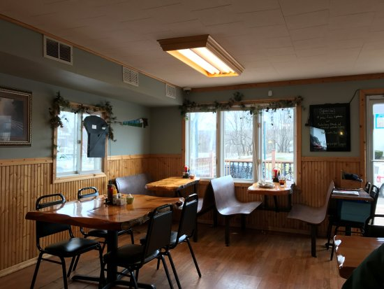 Crandon, Висконсин: Dining Room