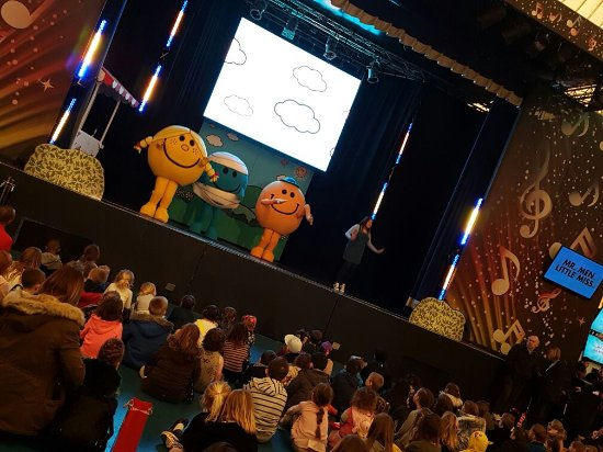 Butlins Skegness Resort: Loved Redcoat Kirstie,my daughter loved her and the Mr Men Show x