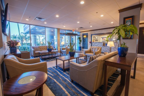 Miami Gardens, FL: Hotel Lobby