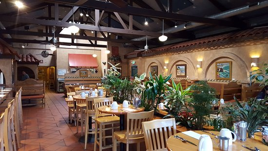 Big Sky Cafe: Inside is very pleasant and inviting