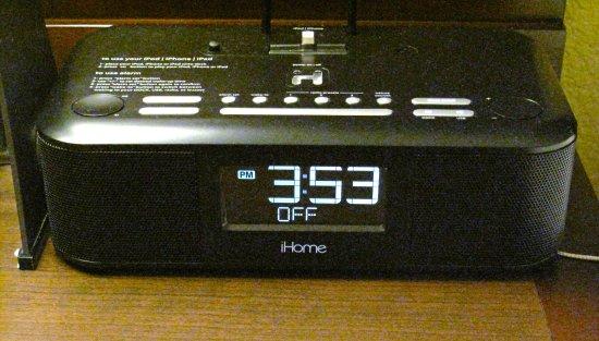 Los Gatos, CA: Room 341 - Toll House - Clock/radio iPod charging dock