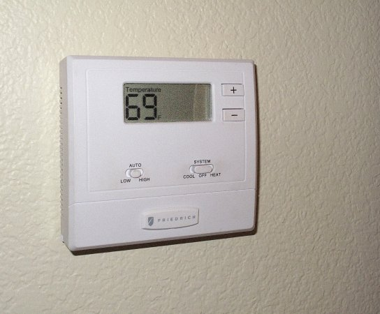 Los Gatos, Kaliforniya: Room 341 - Toll House -Thermostat