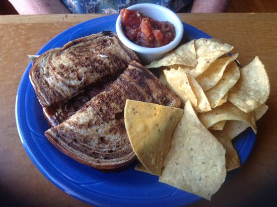 Vicki's Eatery: Reuben with Tortilla chips and salsa