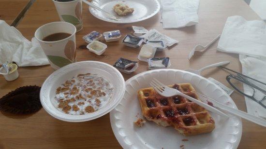 Travelodge Anaheim Convention Center: breakfast