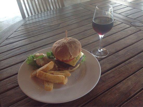 Torio, Panamá: Fun, food n surf