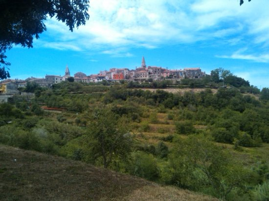 Groznjan, Croatia: vista della città