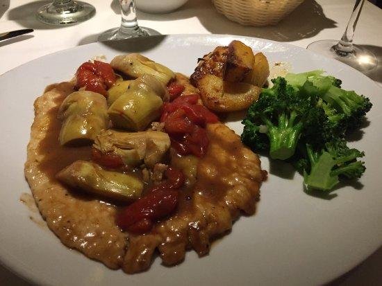 North Miami, FL: Petto di pollo rosso verde