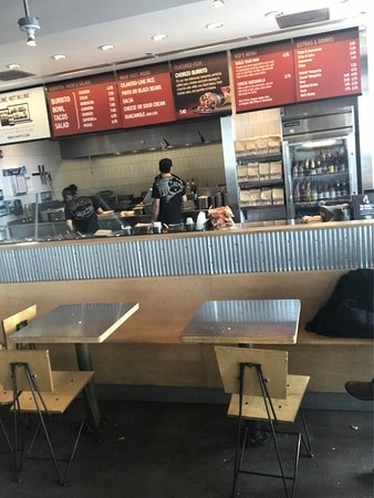 Chipotle Mexican Grill: photo0.jpg