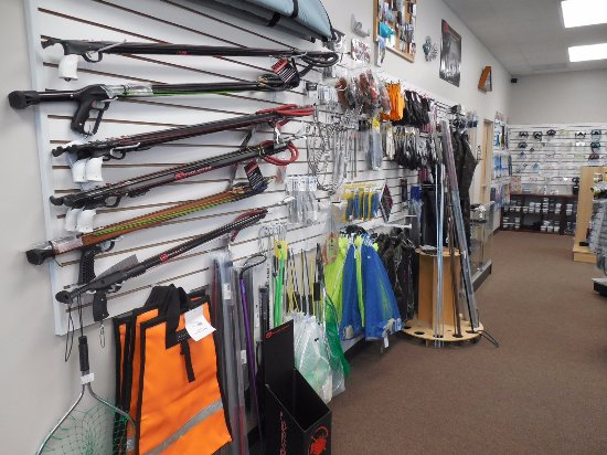Alachua, FL: We are a fully stocked Spearfishing and Freedivng equipment.