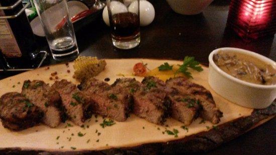 Mgarr, Malta: Rib eye steak full of flavour and tenderness.