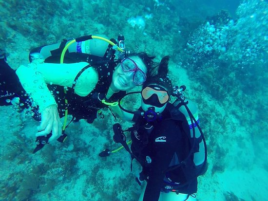 Alachua, Φλόριντα: Diver women smile the prettiest!!