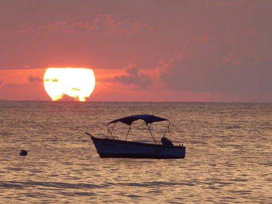 Holetown, Barbados: Stunning Sunset