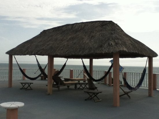 Caye Caulker Condos: Roof Top Palapa