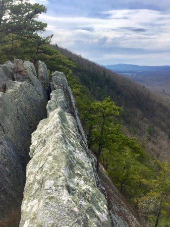 Front Royal, VA: exposed granite cliffs