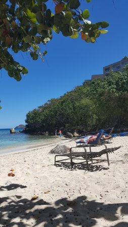 Sugar Bay Resort & Spa: On the beach