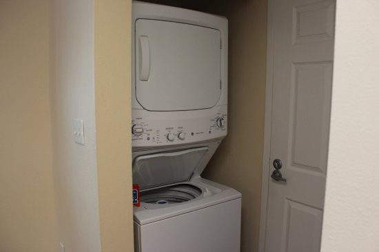 Grande Villas Resort: Washer/Dryer with soap provided