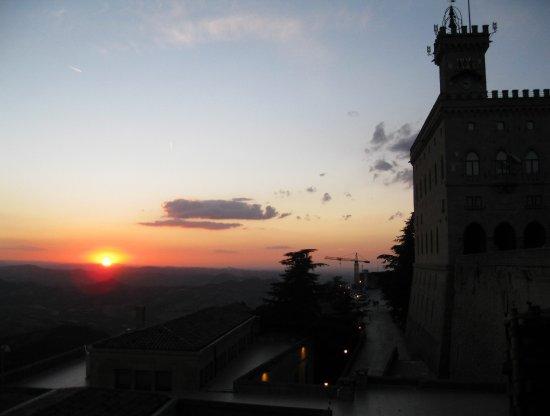 Caffe Titano : Sunset from Titano terrace