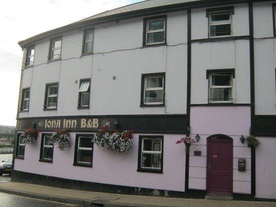 The Dumpy Iona Inn