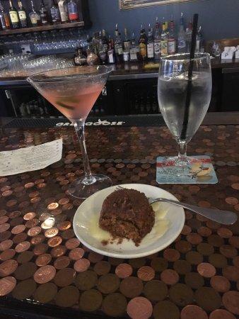Menomonie, WI: Sticky toffee pudding and Chicken Tikka Masala