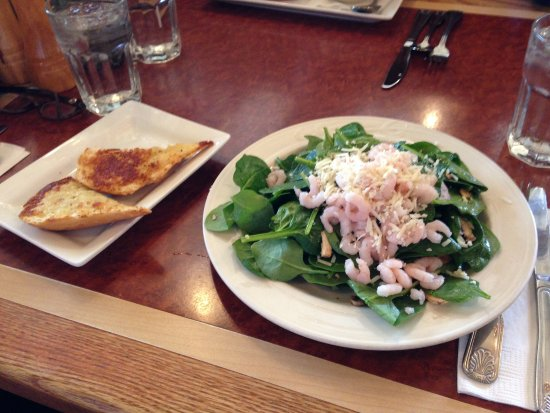 Edmonds, WA: Spinach salad with bay shrimp