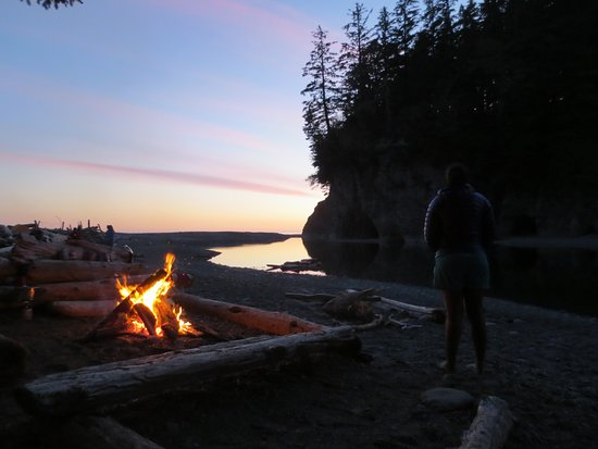 Vancouver Nord, Canada: West Coast Trail Campfire