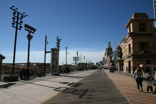 Ventnor City, NJ: boardwalk