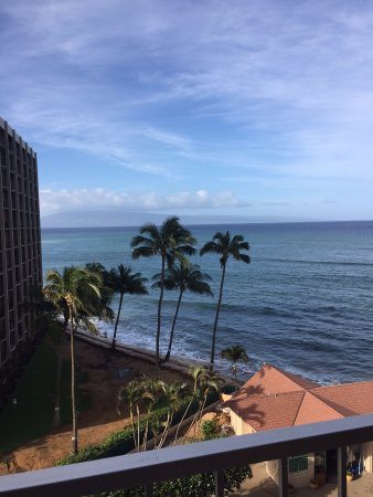 Royal Kahana: View outside balcony