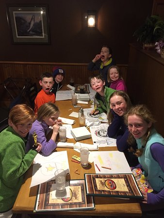 Bridgton, Мэн: Kids table