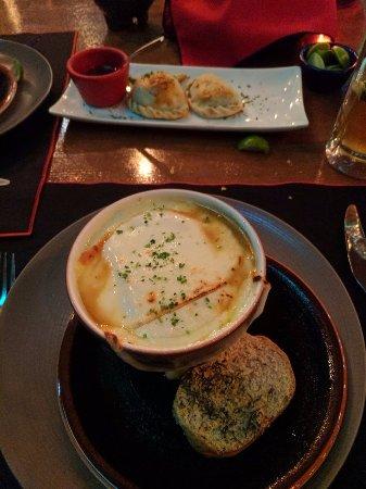 La Torrada: French Onion soup