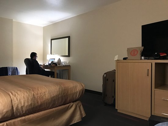 South San Francisco, CA: Good rooms, clean place!