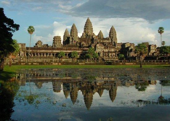Angkor Conductor Mucho