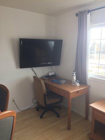 The #1 Coastal Inn and Suites: photo5.jpg
