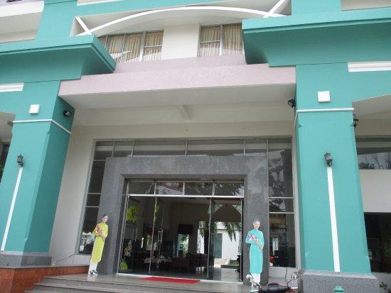 Que Huong Hotel