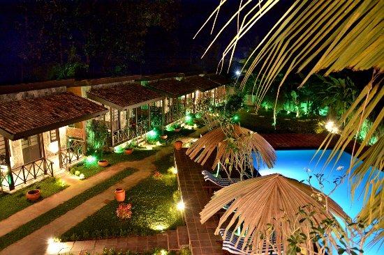 Villa Pinnawala & Restaurant