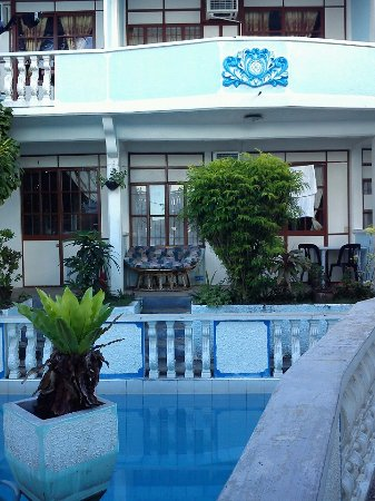 Sabang Inn Beach & Dive Resort: 泳池房