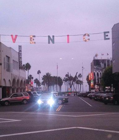Pomona, CA: Venice Beach Tours