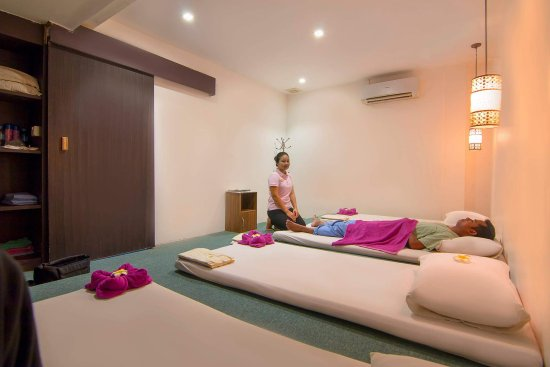 Sisophon, Cambodia: Traditional Khmer massage