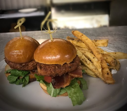 Austin's Restaurant & Bar: Crab Cake BLT Sliders