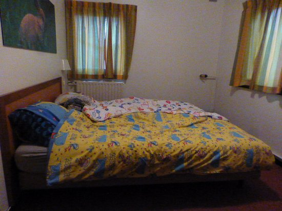 Gunderath, Germany: une chambre deux lits simples