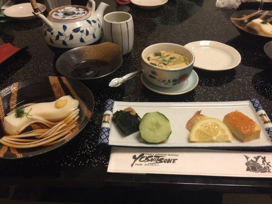 Yoshitsune Restaurant: photo1.jpg