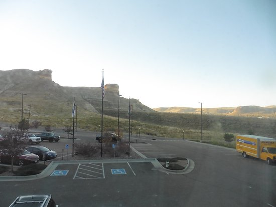 Hampton Inn & Suites Green River: Overlooking Car park