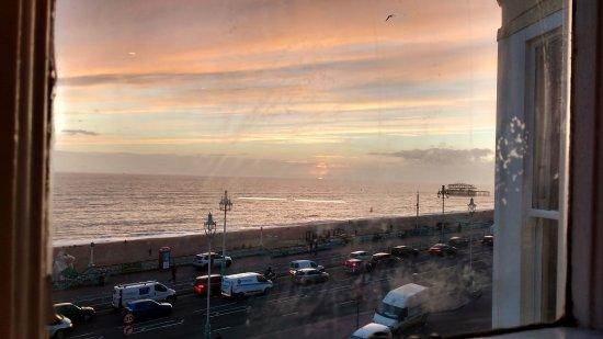 Queens Hotel: Brighton sunset