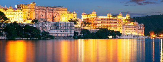 Udaipur Red Apple Taxi Service