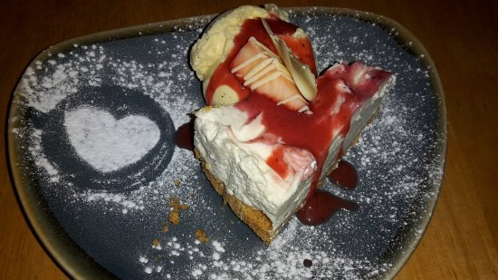 Bromsgrove, UK: Valentines Night Cheesecake